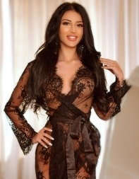 Party girl escort Dakota in black lace negligee - Eastern European escort in Mayfair, Park Lane
