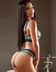 Elite London escort Shirley in her sexy green lingerie. - Eastern European escort in Marble Arch, Park Lane